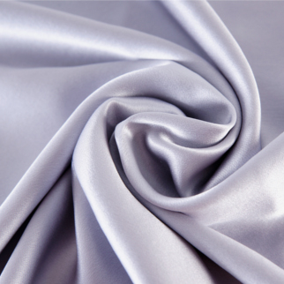 シルバーグレイ 灰色のシルク