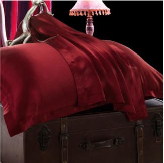 クラレッド ワインレッド色のシルク枕カバー